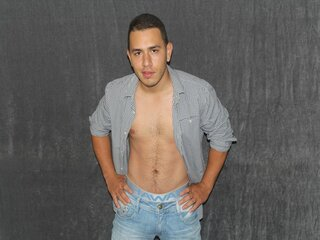 Real camshow hd DOMINICKmusclet