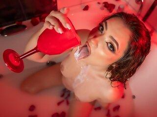 Jasminlive shows nude KellyMaze
